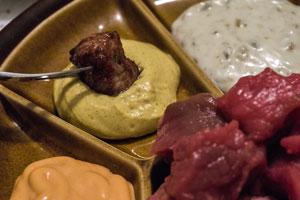 Carne fondue bourguignonne